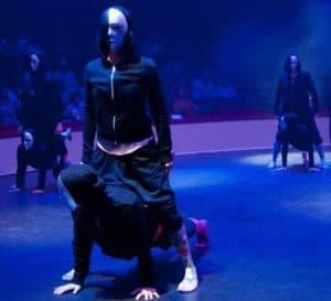 cathia-conrath-danseuse-choregaphe-professeur-modern-street-spectacle-cirque-d-hiver-2013