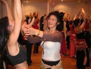 fatima-chekkor-professeur-danse-orientale-cours-adulte-cdm.jpg