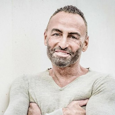 nikola-parienty-professeur-theatre-expression-scenique-adultes-cdm